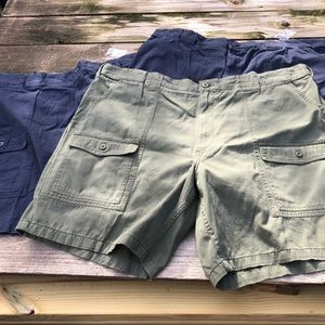 NWT 3 pair Foundry cargo shorts men's 50